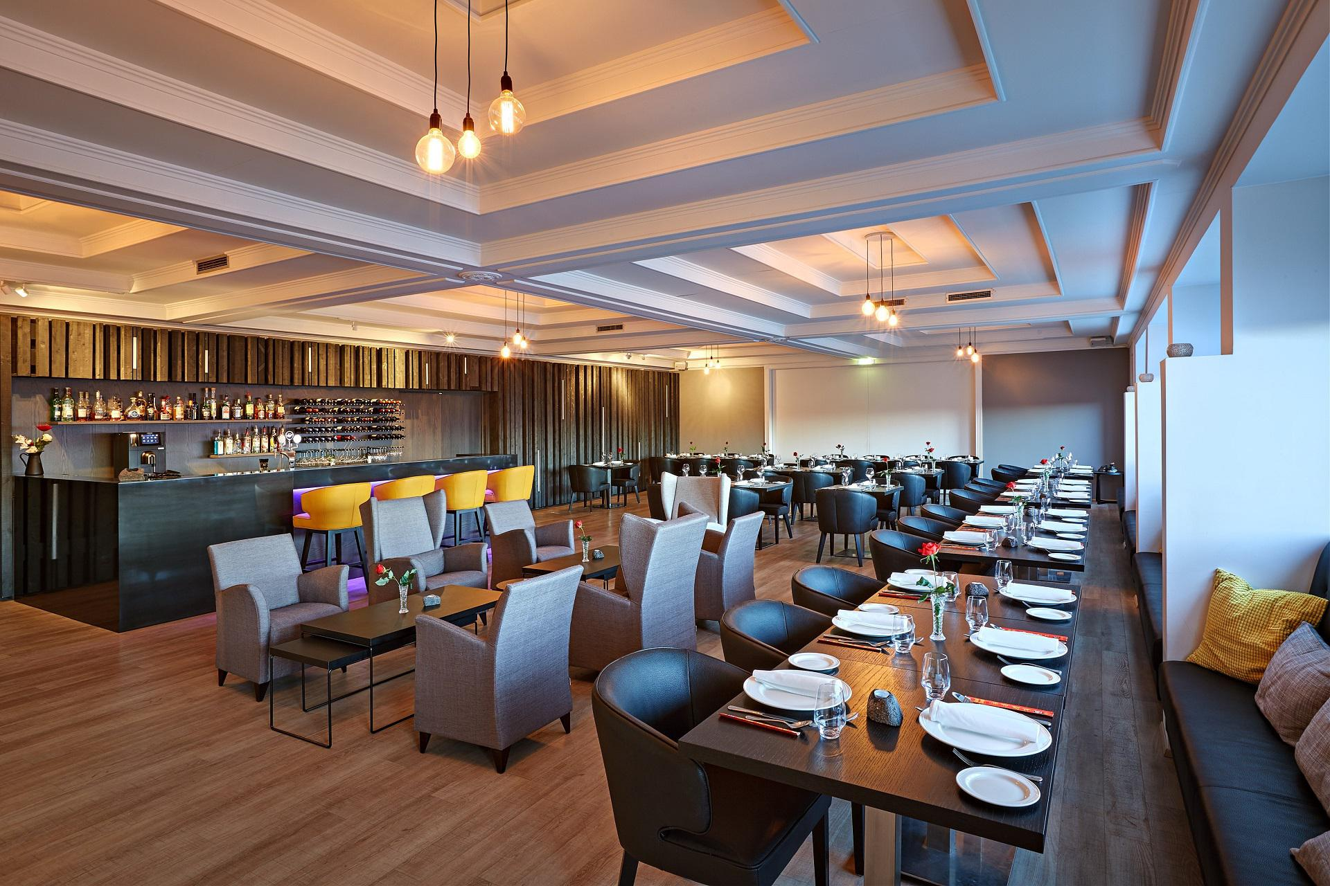 HVER Restaurant is located in Hotel Örk. It is a first-class restaurant with an a la carté menu, as well as group menus. Reservations can be made in the Reception.